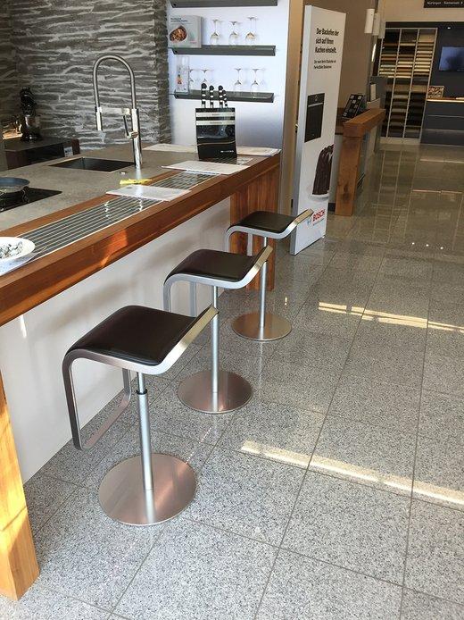 Küchenausstellung von Schreinerei Küchenstudio Schwarz